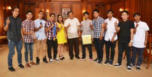 "Governor Amado T. Espino, Jr. flash the number one sign with Boyz Unlimited dancers from Mangaldan who were two-time international champion in the hip-hop dance competition under the adult open division held in Sydney, Australia for the years 2011 and 2012. The young Pangasinenses were also recipients of the ""Ani ng Dangal"" award for 2012 and 2014 by the National Commission on Culture and Arts for achieving the highest levels of excellence in dance and bringing honor to the country.  The governor assured the group of the provincial government's support in their goal to qualify for the World Hiphop Championship in Las Vegas, Nevada on August and Singapore Dance Delight on a date to be announced yet."