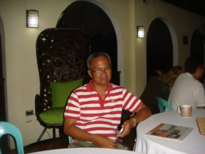 WHISTLE BLOWER NO. 1. Kinasuhan  ni dating Brgy. Poblacion Treasurer Ramon Soriano ng Corrupton at Bribery sa provincial fiscal ang dalawang opisyales ng Brgy. Poblacion at isang Engineer sa Mangaldan, Pangasinan.